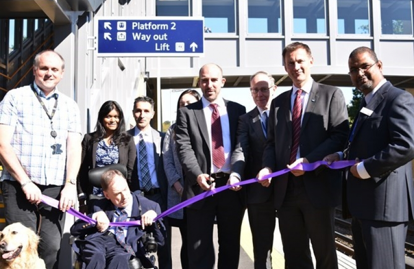 Jeremy Hunt MP cutting the ribbon